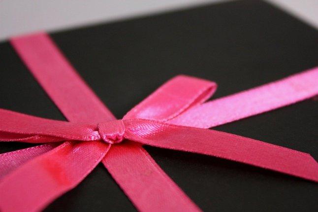 gift-2677_1280259527637.jpg